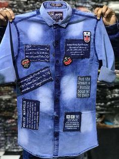 Jean Shirts, Boys T Shirts, Casual Shirts For Men, Men Casual, Denim Shirt Men, Mens Hawaiian Shirts, Stylish Mens Outfits, Shirt Jacket, Shirt Style