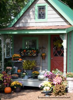 DSC_7771-001Fall Potting Shed Inspiration from Home Is Where the Boat Is 8/2014