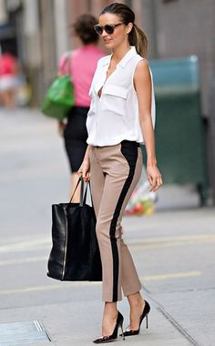 26 Genius Outfit Ideas to Steal From Street-Style Star Miranda Kerr : Miranda Kerr Outfit Idea: Finish a Menswear-Inspired Look With Heels Moda Fashion, Star Fashion, Fashion Photo, Womens Fashion, Fashion Trends, Fashion Inspiration, Workwear Fashion, Office Fashion, Fashion Details