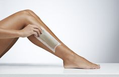 Like shaving, waxing can leave behind bumps. Here's what to do to lessen or eliminate this irritation, even in sensitive areas and delicate skin. Waxing Legs, Best Hair Removal Products, Prince Charmant, Ballet Shoes, Dance Shoes, Short Cuts, Kitten Heels, High Heels, Leather