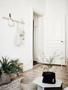 A Swedish space in neutrals - with a few cool details