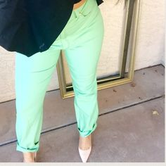 Final Price❗️Escada high waisted mint green pants Super cute and trendy Escada high waisted mint green pants. Size 42 fits more like an 8-10Excellent condition. Like new! Escada Pants Straight Leg