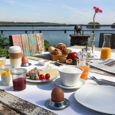 Frühstück am See im  Seehotel Töpferhaus - Alt Duvenstedt, Deutschland - Schleswig-Holstein