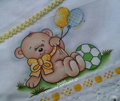 Bear Pictures, Fabric Painting, Baby Quilts, Patches, Alice, Snoopy, Teddy Bear, Animation, Embroidery