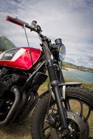 Best Motorcycles: Yamaha XJ650 Brat Yamaha Cafe Racer, Yamaha Rx100, Motorcycle Tank, Street Tracker, Sportbikes, Beautiful Girl Image, Custom Motorcycles, Scrambler, Café Racers