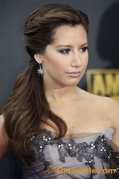 Ashley Tisdale - Side Ponytail Hairstyles