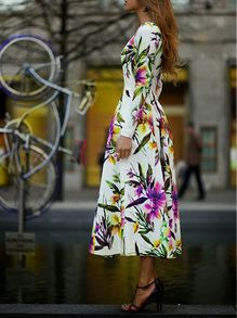 White Long Sleeve Floral Dress US$28.99