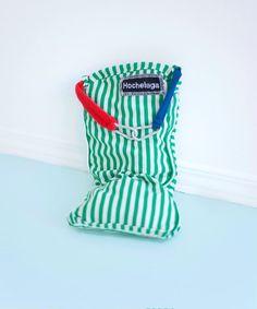 Baluchon Hochelaga par Pénéloppe et Chloé Laundry, Bags, Design, Objects, Handbags, Laundry Service, Dime Bags, Lv Bags, Design Comics
