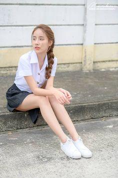 Best 12 Pichana Yoosuk Thai supermodel in Thai schoolgirl uniform Pretty Asian Girl, Beautiful Japanese Girl, Beautiful Girl Photo, Cute Asian Girls, Beautiful Asian Girls, Cute Girls, School Girl Japan, School Girl Outfit, School Uniform Fashion