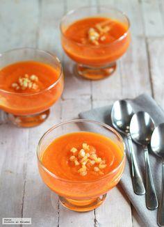 Crema fría de zanahorias y mango, receta veraniega - Tapas, Vegetarian Recepies, Vegan Recipes, European Cuisine, Brunch, Fusion Food, Light Recipes, Easy Cooking, Cooking Ideas