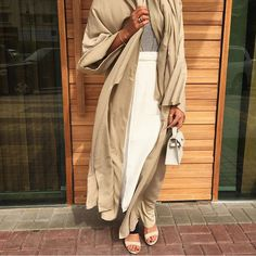 fashion, style, and دبيّ image Modern Abaya, Modern Hijab, Abaya Fashion, Modest Fashion, Women's Fashion, Modest Outfits, Modest Clothing, Fashion Gallery, Hijab Outfit