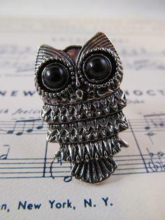 Owl ring. Def. good for school!