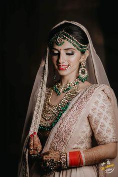 Top Wedding Photographers In Delhi NCR - ShaadiWish Professional Wedding Photography, Top Wedding Photographers, Destination Wedding Photographer, Couple Portraits, Bridal Portraits, Green Lehenga, Wedding Function, Wedding Story, Wedding Moments