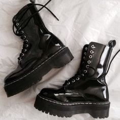 b5da93b04295b 51 Best Boots images   Goth shoes, Gothic clothing, Shoe boots