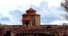 Sencilla ermita de San Lamberto, en Mosqueruela, Maestrazgo turolense.