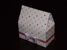 Love the bow favour box