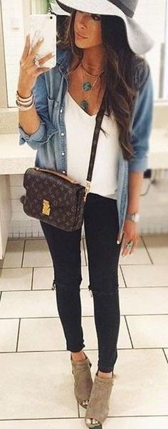 Epic 101 Best Travel Outfits Inspiration https://fazhion.co/2017/05/13/101-best-travel-outfits-inspiration/ More frequently than not, women have a tendency to pack extra whilst traveling. Men won't require anything done, but women can opt to bring some organic makeup should they please.