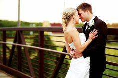 Pretty much my favorite wedding photographer.    justinmarkphotography.com