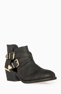 Daily Look | Metallic Cutout Ankle Boots ($54.99) #Coveted #CutoutBooties #DailyLook