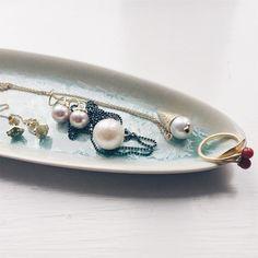 These are my favorites at the moment. #petitecherryberryring #kysørekrøller #meringuekisses #butterflytwins #icecream #southseaperler #freshwaterpearls #coral #cherrydiamond  #gold #guld #silver #sølv #diamond #diamant #smykker #jewelry #jewellery #guldsmed #jeweller #goldsmith #handcrafted #handmade #danishdesign #guldsmedlouisedegn