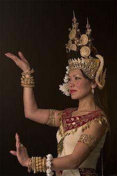 File:Apsara dance.jpg