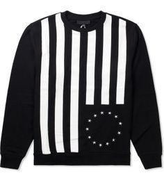Black-Scale_Sweater