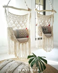 The last macrame curtain in workshop * tall macramedecor macrame macramewallhanging wallhanging walldecor… Macrame Hanging Chair, Macrame Chairs, Macrame Curtain, Hanging Chairs, Diy Hanging, Macrame Design, Macrame Art, Macrame Projects, Macrame Knots