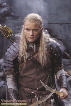 Orlando Bloom as Legolas in the Lord Of The Rings trilogy. Orlando Bloom as Legolas in the Lord Of T Der Hobbit Film, The Hobbit Movies, O Hobbit, Jrr Tolkien, Legolas And Thranduil, Aragorn, Legolas Hot, The Lord, Lord Of The Rings