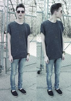 H Oversized T Shirt, Nudie Jeans Light Wash Jeans