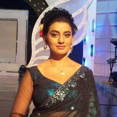 Akshara in saree - Bhojpuri Actress  IMAGES, GIF, ANIMATED GIF, WALLPAPER, STICKER FOR WHATSAPP & FACEBOOK