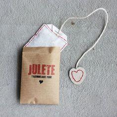 Make Your Own Christmas Tea Bags