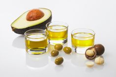 How to Add Good Fats to Your Meal in 30 Seconds or Less: Incorporating healthy fats into your food isn't difficult. In fact, it takes practically no time at all when you use these...