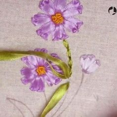 new brazilian embroidery patterns Diy Embroidery Thread, Hand Embroidery Videos, Embroidery Stitches Tutorial, Hand Work Embroidery, Creative Embroidery, Silk Ribbon Embroidery, Hand Embroidery Patterns, Ribbon Art, Diy Ribbon