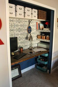ideas closet office diy budget for 2019 – Home Office Design On A Budget Craft Room Closet, Home Office Closet, Closet Desk, Guest Room Office, Home Office Space, Home Office Design, Home Office Decor, Diy Home Decor, Office Ideas