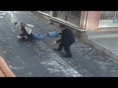 LiveLeak - Brave man saves woman from brutal stabbing