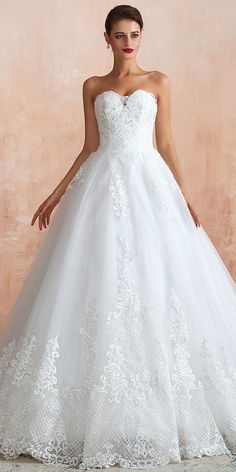 Delicate Tulle Sweetheart Neckline Ball Gown Wedding Dress With Lace Appliques Gown Wedding, Wedding Dresses, Fall Wedding Arches, Lace Applique, Appliques, Lace Dress, Ball Gowns, Tulle, Cute Outfits