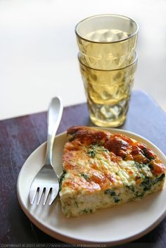 Veggie-Packed Crustless Quiche Serves 4-6 5 eggs 1 cup of whole milk 1 cup of heavy cream A pinch of nutmeg 5 heaping cups of baby spinach 1 medium zucchini 1 tsp of dried oregano 1/4 cup of Parmesan 1/4 cup of crumbled feta Salt and freshly ground pepper
