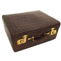 1stdibs | Antique Alligator Travel Case
