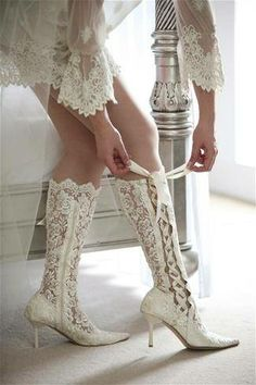 #White Lace Lace-up Boots
