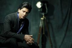 Confirmed! Shah Rukh Khan to play a dwarf in Aanand L Rai's next