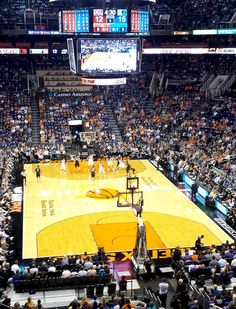 It's Phoenix Suns season! Click for the full schedule.