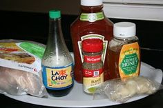 Honey Garlic Chicken Slow Cooker to 2 pounds boneless, skinless chicken thighs or one thigh per family member) 3 garlic cloves, smashed and chopped 1 teaspoon dried basil cup soy sauce (La Choy or Tamari wheat-free are gluten free) cup ketchup cup honey Crock Pot Food, Crock Pot Slow Cooker, Slow Cooker Recipes, Crockpot Recipes, Cooking Recipes, Slow Cooking, Paleo Recipes, Delicious Recipes, Garlic Chicken Slow Cooker