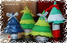 DIY CRAFT **Toilet paper rolls** Christmas toilet roll trees would make a nice table decoration.