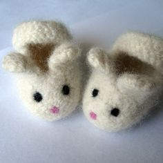 Little Bunny Knit Felted Mary Jane Baby Booties
