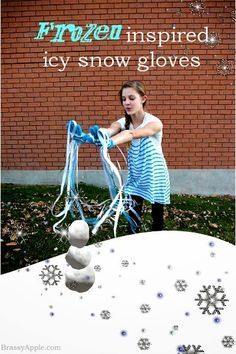 Fun Frozen Inspired Icy Snow Gloves - the perfect thing for my little girl!