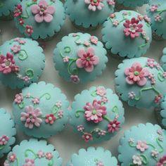 Flowers Turquoise Designer Cupcakes