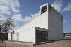 Igreja Morávia / 70F Architecture