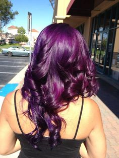 Purple hair (just a reference) . I want this shade of purple hair Violet Hair Colors, Hair Color Purple, Deep Purple Hair, Bright Purple Hair, Purple Colors, Dark Purple, Love Hair, Gorgeous Hair, Rock Your Hair