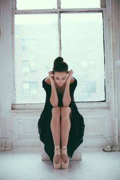 Lauren Lovette by Karolina Kuras Dance It Out, Just Dance, Ballet Dance Photography, Dance Photo Shoot, Ballet Images, Foto Casual, City Ballet, Dance Poses, Dance Pictures