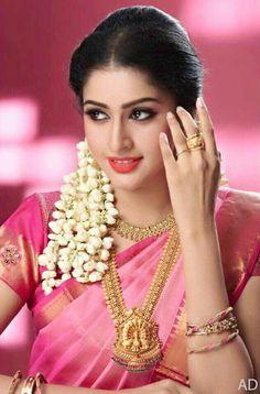 New Tamil Actress Tanya - Ravichandran Grand Daughter Photoshoot Stills. Beautiful Girl Indian, Most Beautiful Indian Actress, Beautiful Saree, Beautiful Actresses, Beauty Full Girl, Beauty Women, Indian Bridal Fashion, Indian Beauty Saree, Indian Sarees